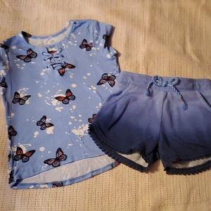 3 T shirt and shorts